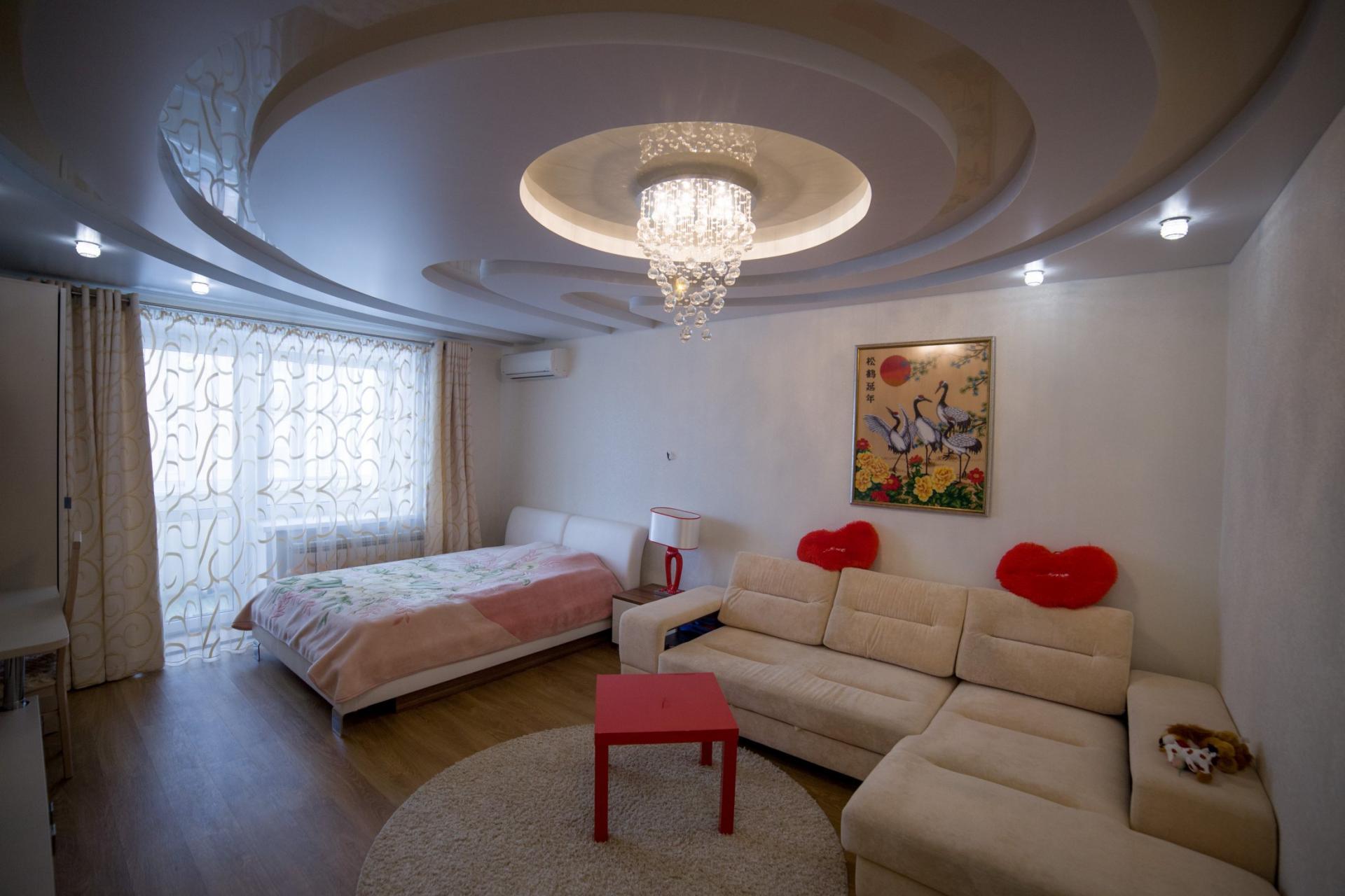 этом очертания многоуровневые натяжные потолки фото для зала воплощения этой